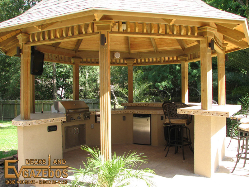 Outdoor Kitchen Fireplace Builder In Humble Texas Ev Decks Gazebos